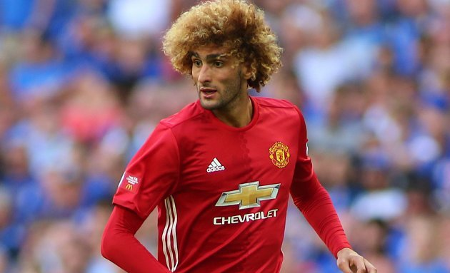 fellaini selling his mansion