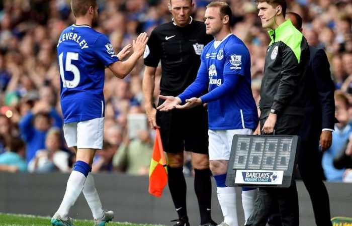 Wayne Rooney returns and proves himself fit to everton fans
