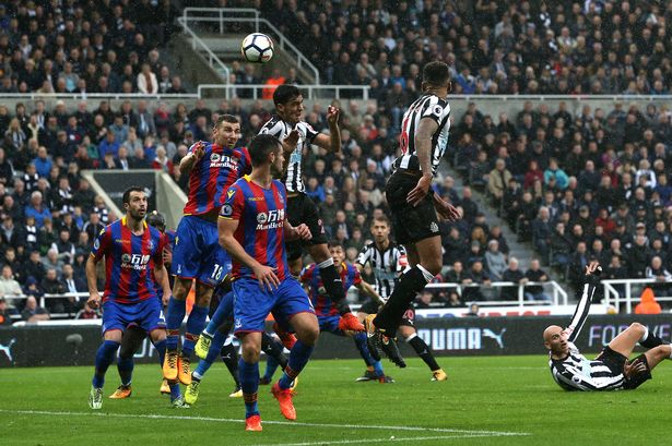 Newcastle United substitute Mikel Merino scores the winning goal against Crystal Palace. (Photo by Nigel Roddis/Getty Images)