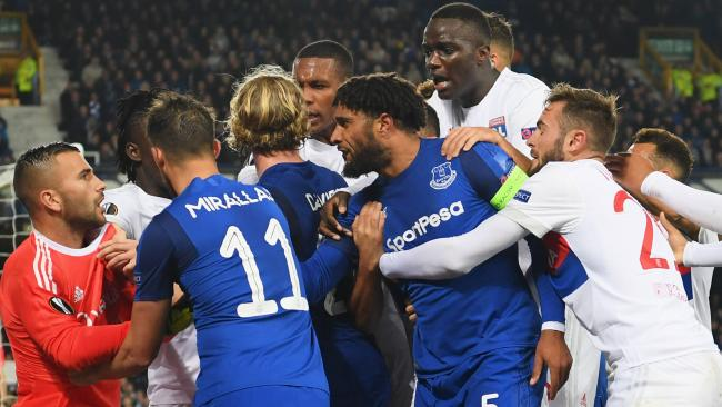 everton vs lyon clash